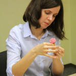 мастер-класс в офисе по созданию конфет из марципана