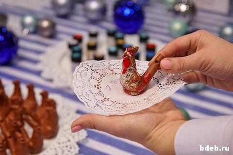 мастер-класс марморирование петушка из керамики